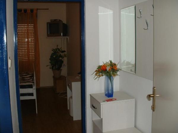 villa. Black Bedroom Furniture Sets. Home Design Ideas
